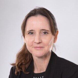 Dr Carolyn Porter